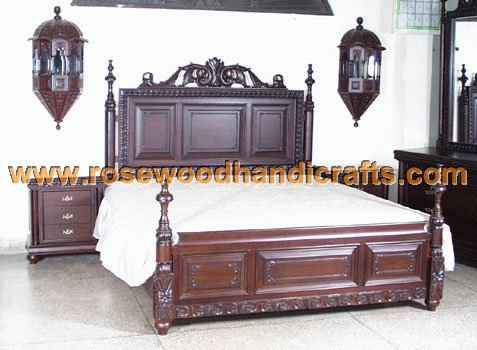 Wooden Antique Carved Beds