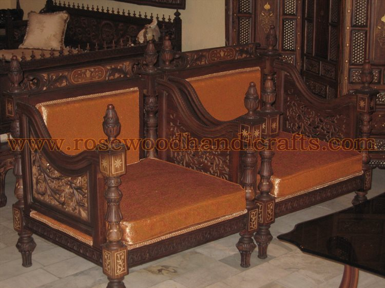 Antique Wooden Sofa | 750 x 562 · 93 kB · jpeg