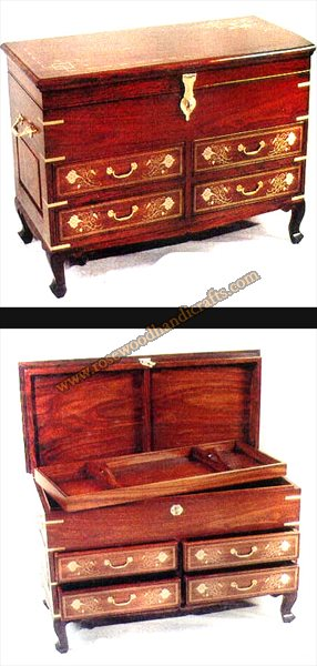 Wooden Captain Chest