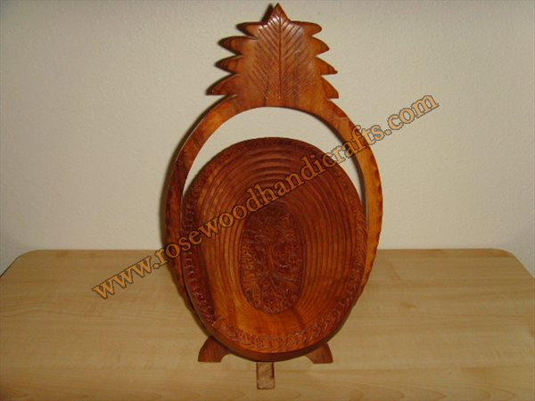 Wooden Pineapple Shape Fruit Basket