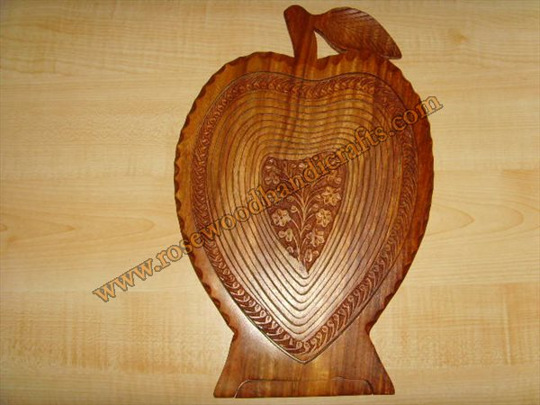 Wooden Heart Shape Fruit Basket